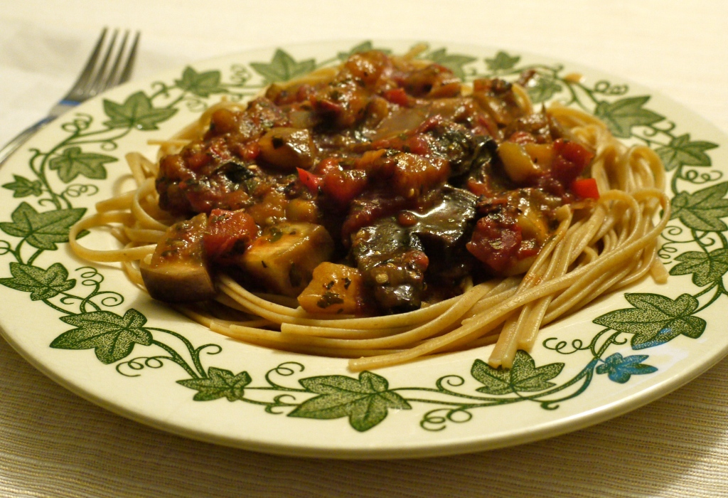 ... last week, I promised I would be serving Pasta with Eggplant Sauce